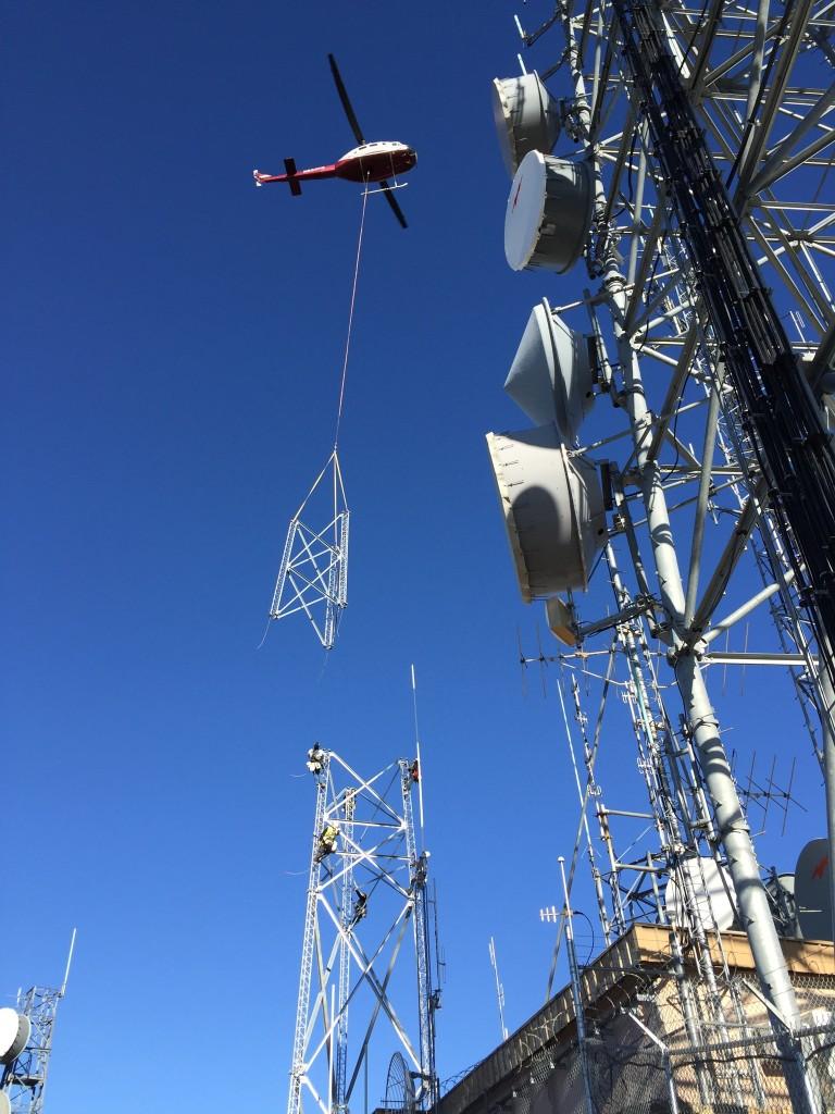 TIA 1019, TIA 10.48 competent rigger, competent rigger, crane hand signals, rigging